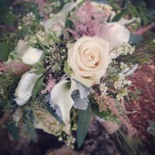 Garden style bouquet with astilbe roses
