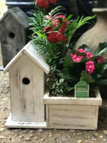 Birdhouse Winter Planter