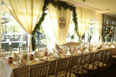 Kings table for Head Table