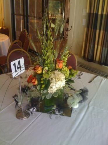 Leonidas Rose Centerpiece for Fall