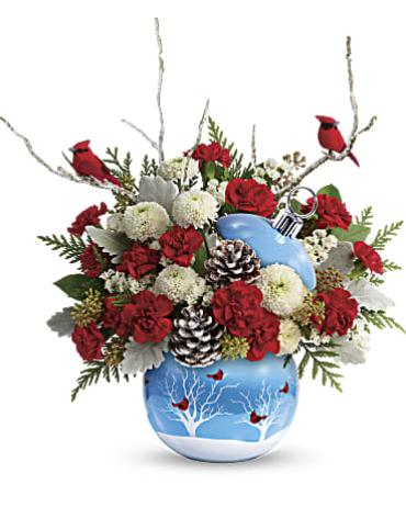 Teleflora\'s Cardinals in the Snow