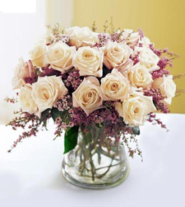 The FTD® Monticello Rose™ Premium Rose Bouquet